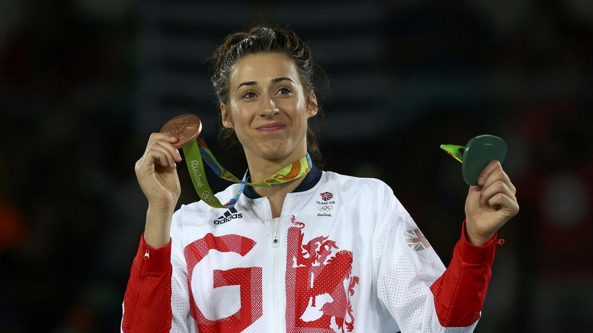 Bianca Walkden with her bronze medal