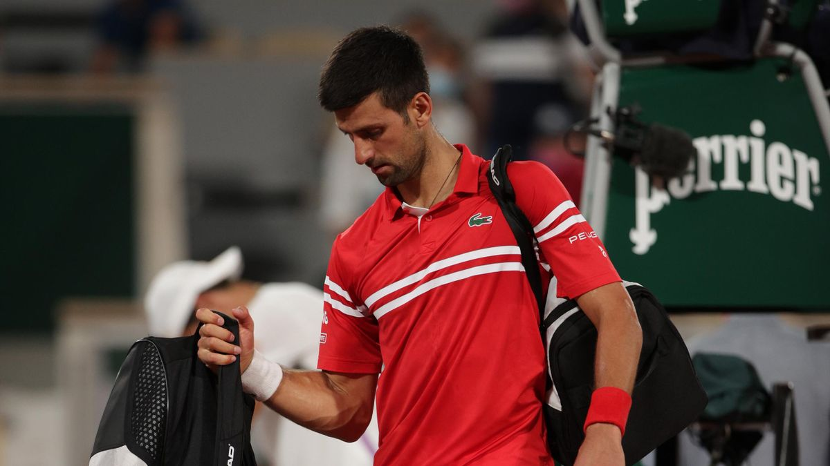 'I'm in shock!' - Djokovic and Berrettini leave court as fans stay despite curfew