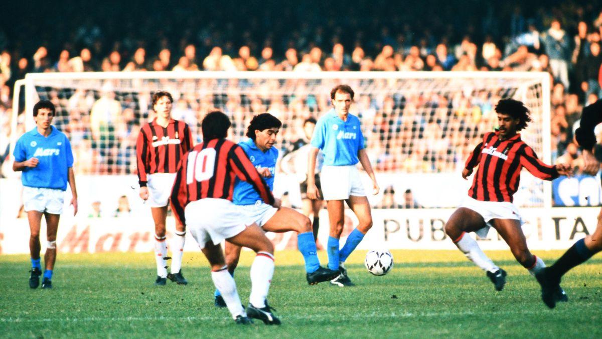 Maradona, chiar în 1988, contra uneia dintre cele mai mari formaţii din istorie: Milanul lui Arrigo Sacchi