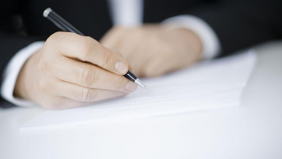 Signature d'un contrat (mercato)
