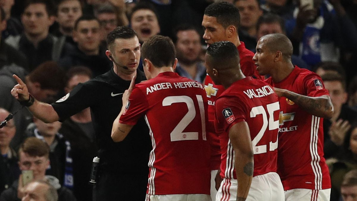 Manchester United's Ander Herrera is sent off by Michael Oliver