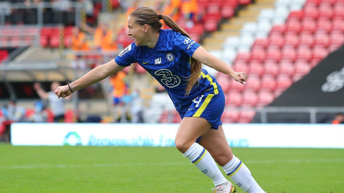 Fran Kirby celebrates her goal for Chelsea, September 26, 2021