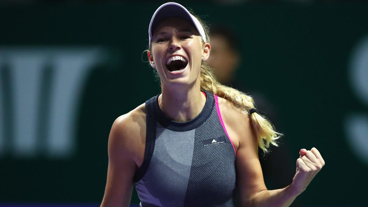 WTA Finals 2017, SF: Caroline Wozniacki b. Karolina Pliskova