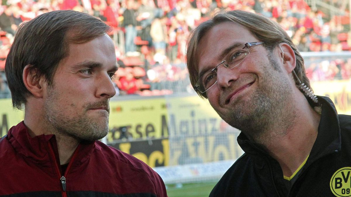 Picture taken on October 31, 2010 shows Juergen Klopp (R) and Thomas Tuchel