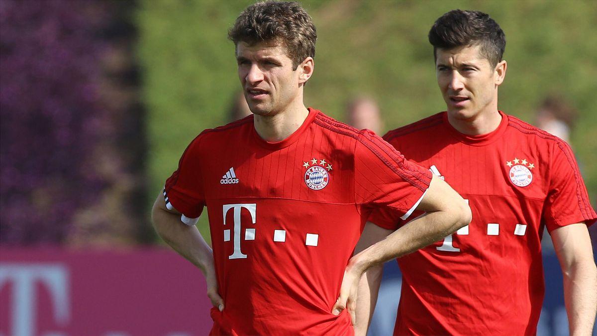 Thomas Müller (l.) geht voran beim FC Bayern