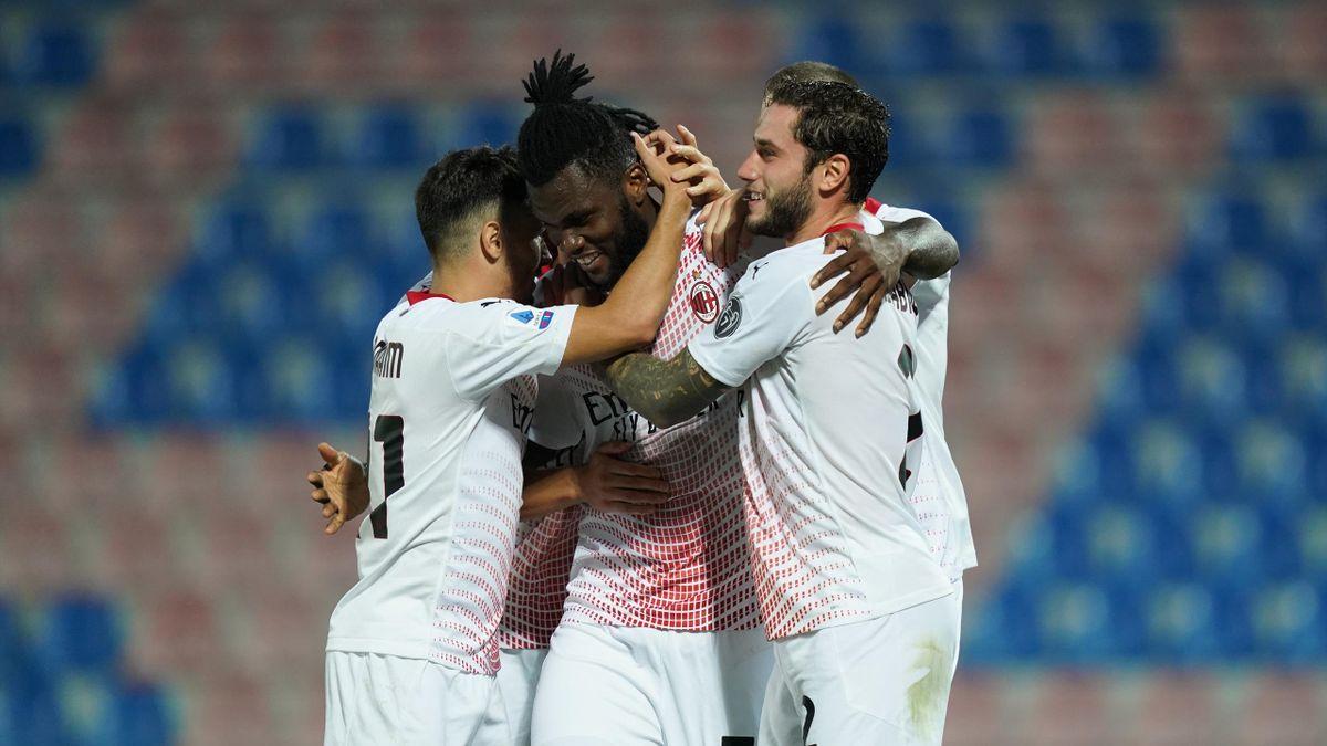 Franck Kessié esulta per il gol, Crotone-Milan, Serie A 2019-2020, LaPresse