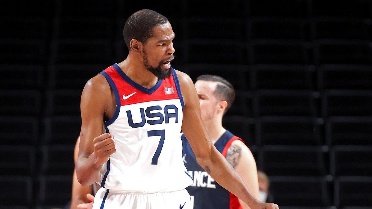Kevin Durant esulta durante la finale di Tokyo 2020 tra Team USA e Francia
