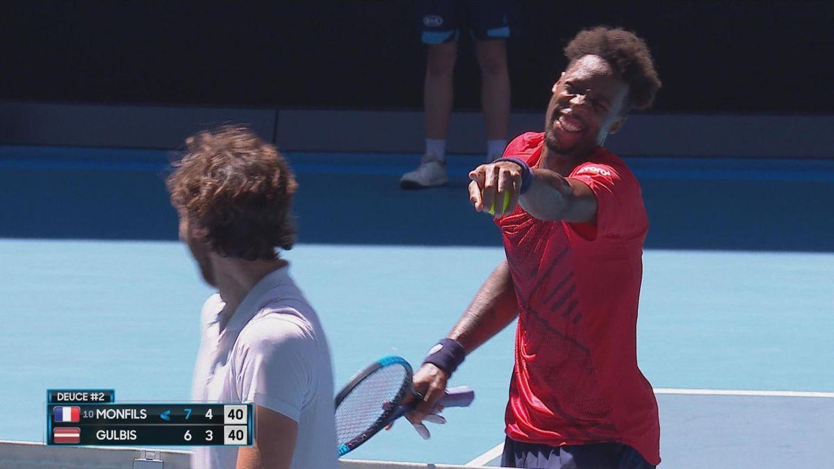 Australian Open: When umpire announces 1 challenge remain to Monfils