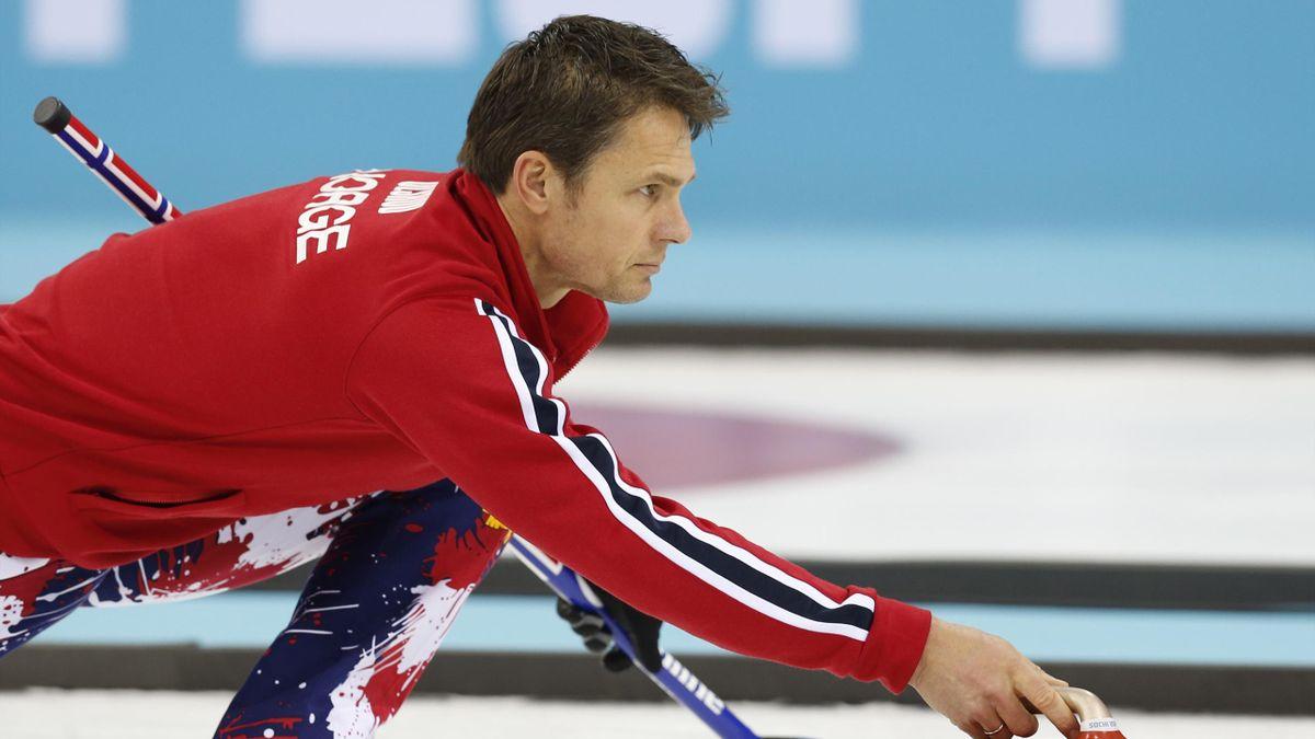 Norwegian skip, Thomas Ulsrud during the mens curling tiebreak NOR - GBR (5-6) in the Sochi 2014 Winter Olympics, Sochi, Russia