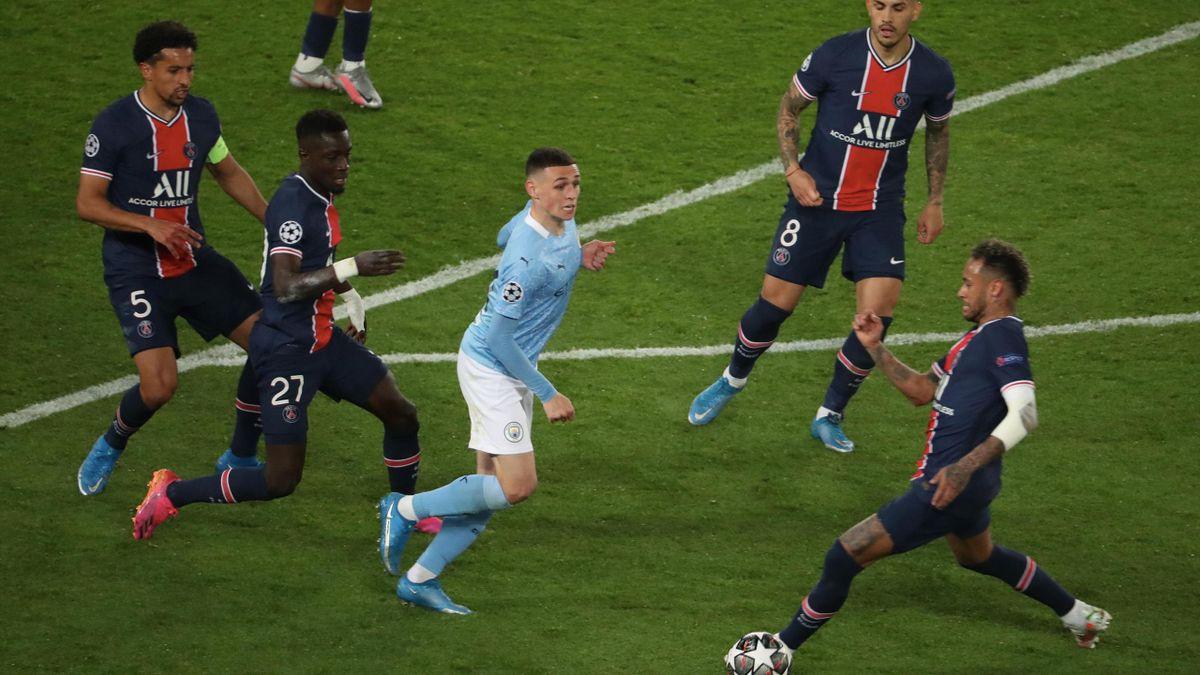 Phil Foden, în Manchester City - PSG