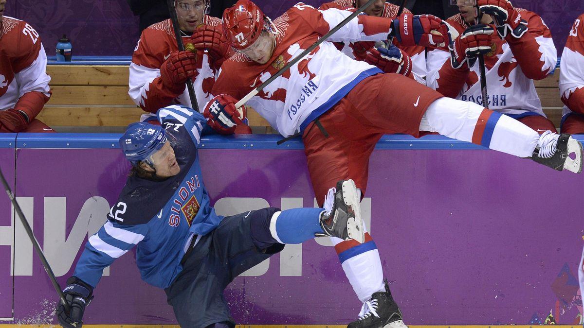 2014 JO Sotchi Russie Finlande Hockey