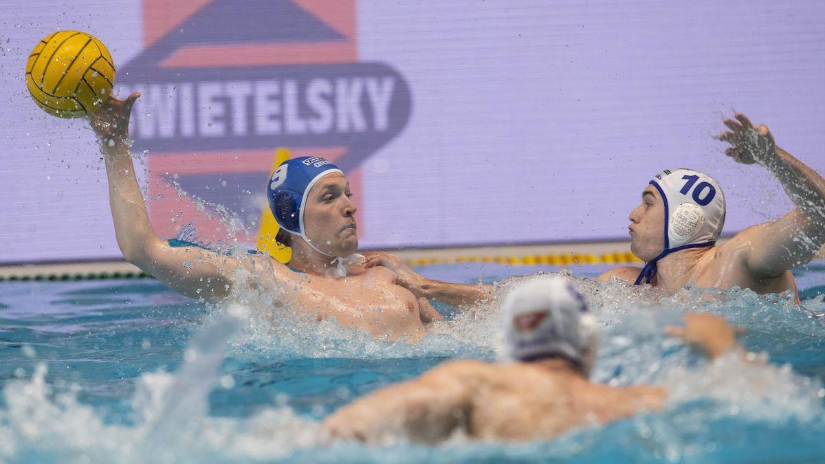 Konarik Ákos (9) és Burián Gergő (10) is tagja a keretnek - Fotó: MVLSZ