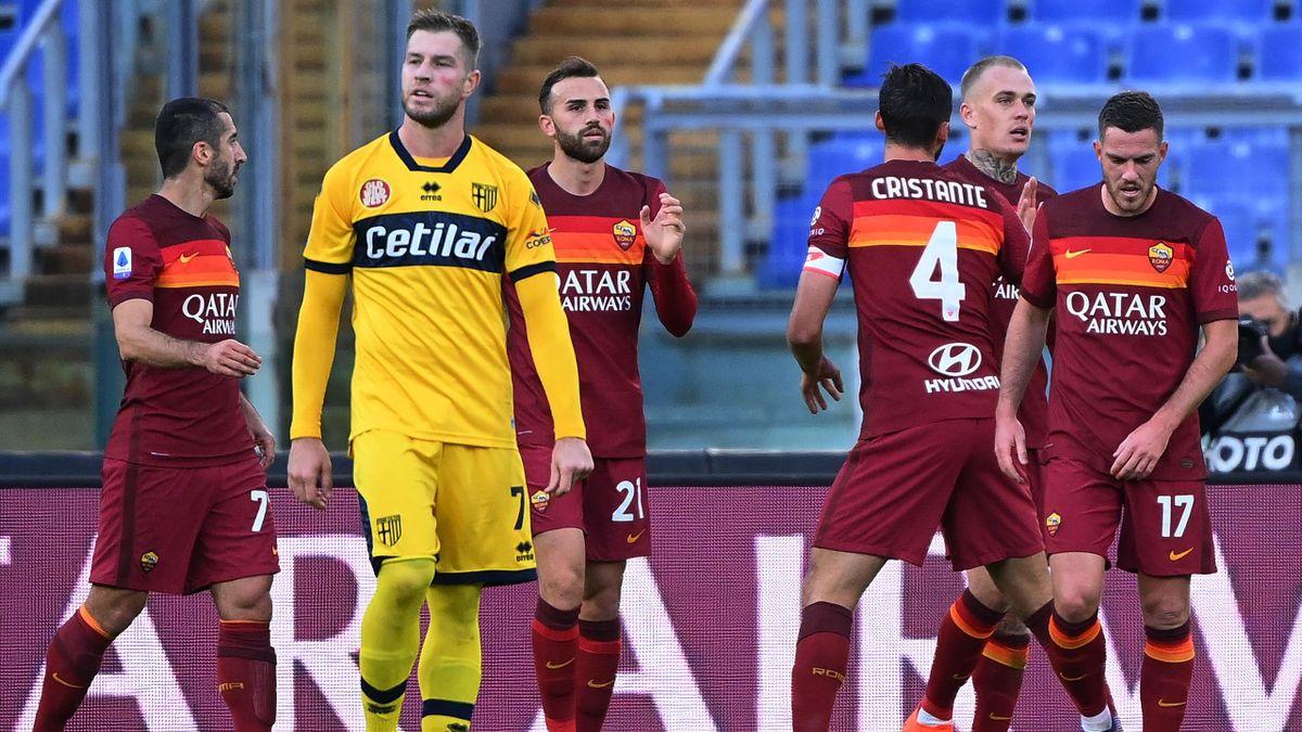 L'esultanza di Borja Mayoral e della Roma contro il Parma