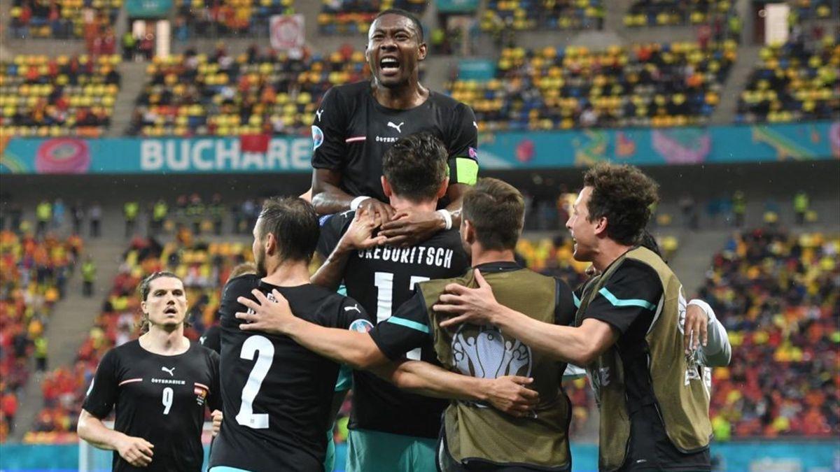Michael Gregoritsch esulta per un gol durante Austria-Macedonia - Europei 2021