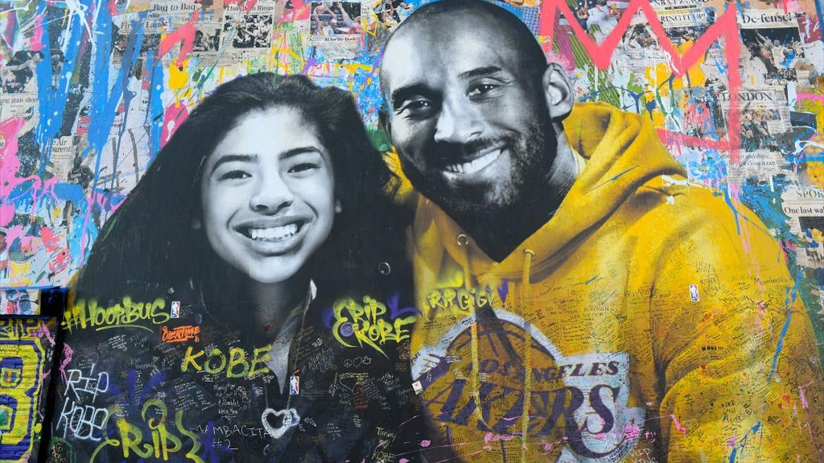 A mural honoring Kobe Bryant and his daughter Gianna in Los Angeles, CA.