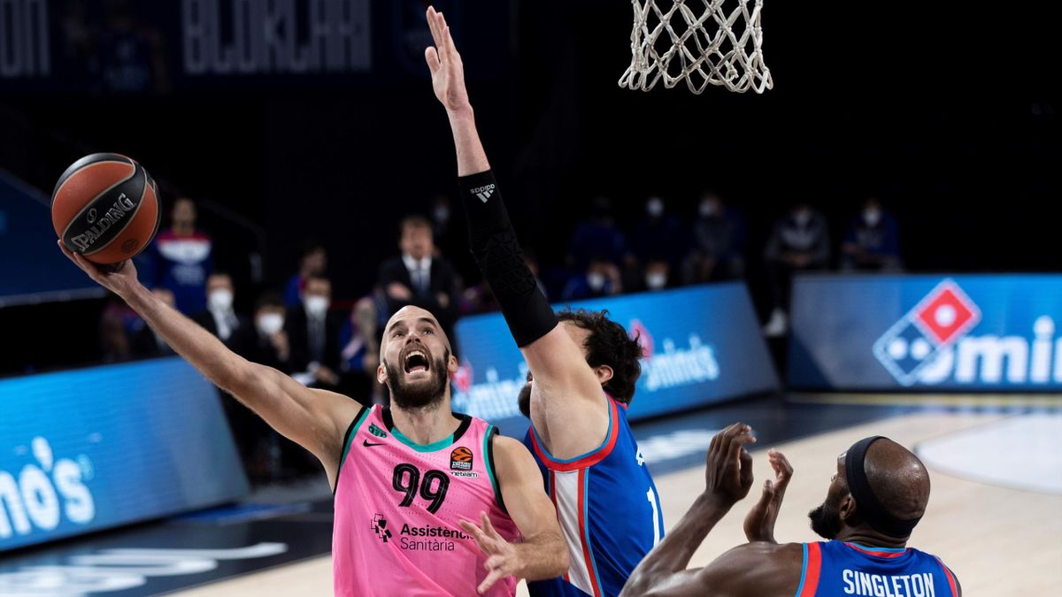Nick Calathes, en el Anadolu-Barcelona de Euroleague 2020/21