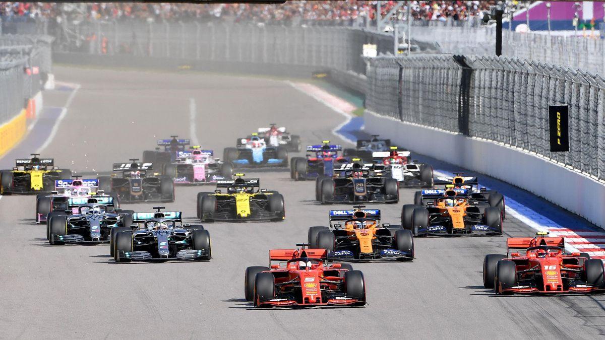 Le départ du Grand Prix de Russie 2019