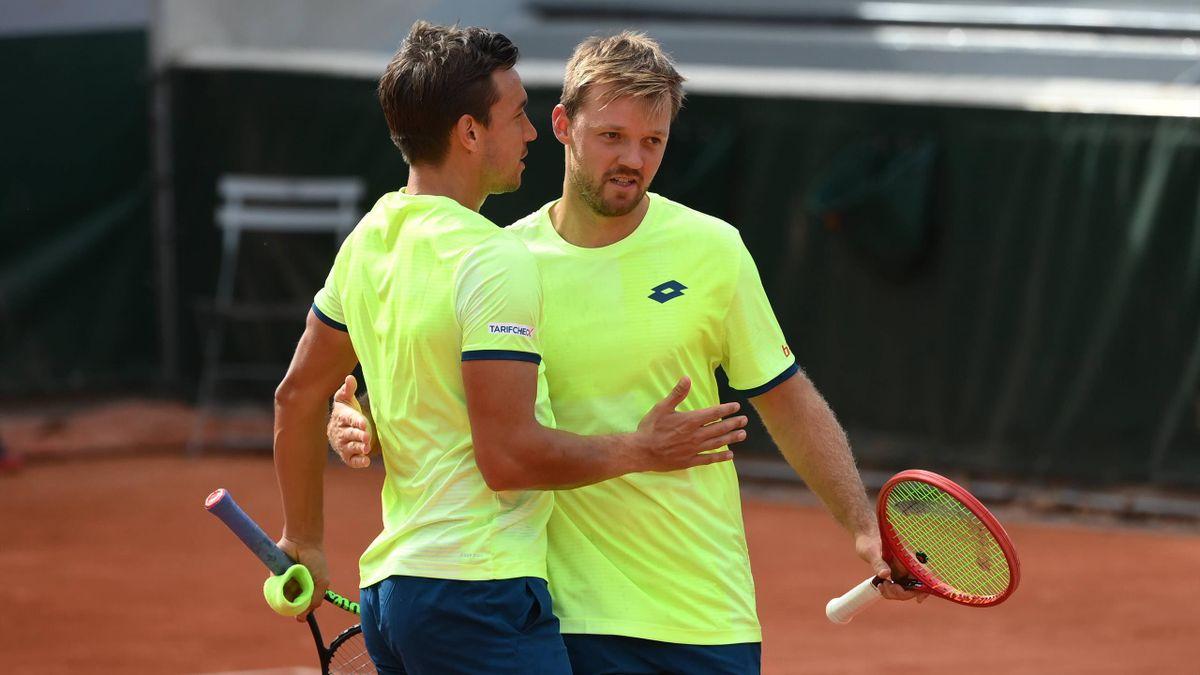 Andreas Mies (l.) und Kevin Krawietz in Roland-Garros 2020