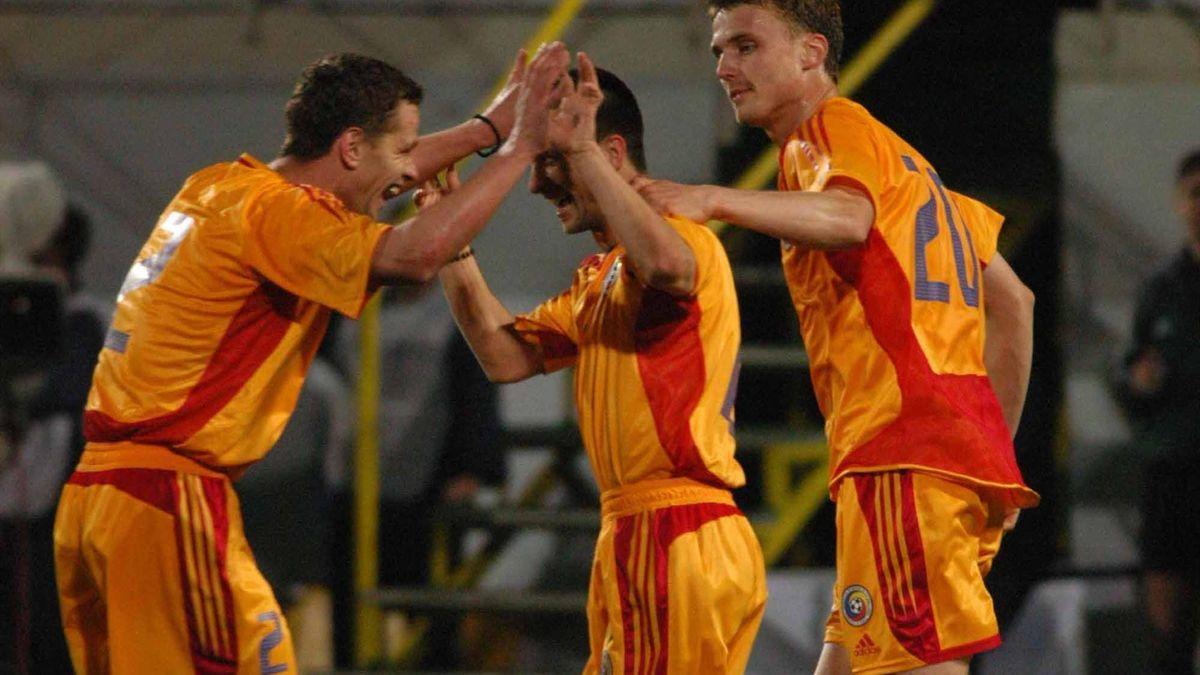 Gabriel Caramarin, Flavius Stoican și Sorin Ghionea, în meciul România - Germania 5-1 (2004)
