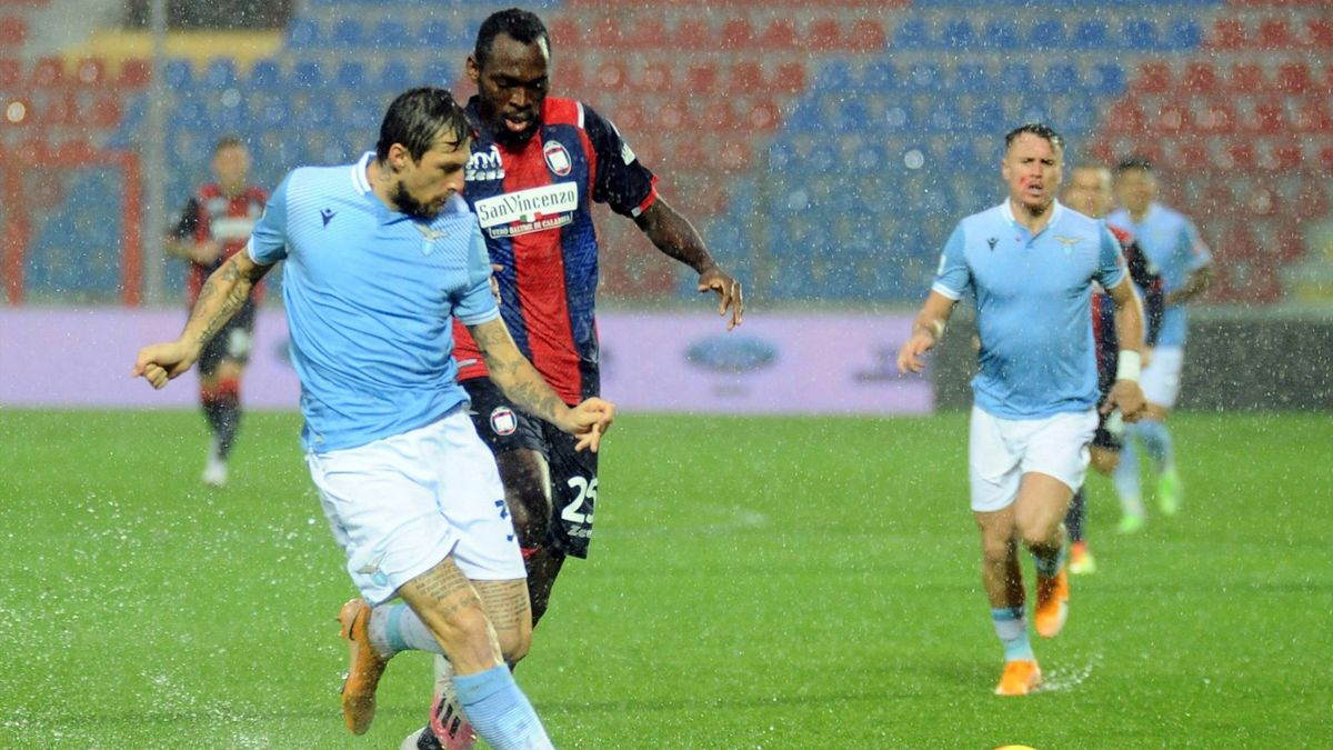 Francesco Acerbi, Simy - Crotone-Lazio Serie A 2020-21