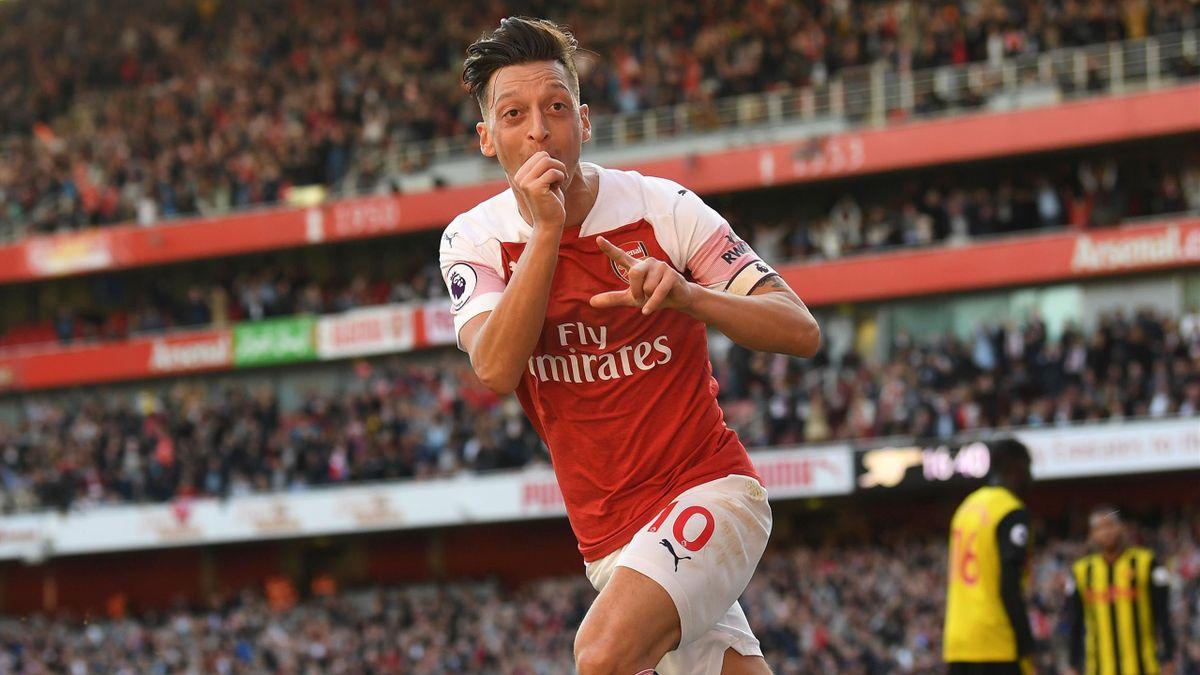 Mesut Ozil, pe vremea când impresiona pentru Arsenal