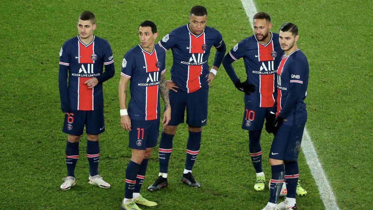 Marco Verratti (l.) fehlte PSG im Viertelfinal-Hinspiel der Champions League gegen den FC Bayern