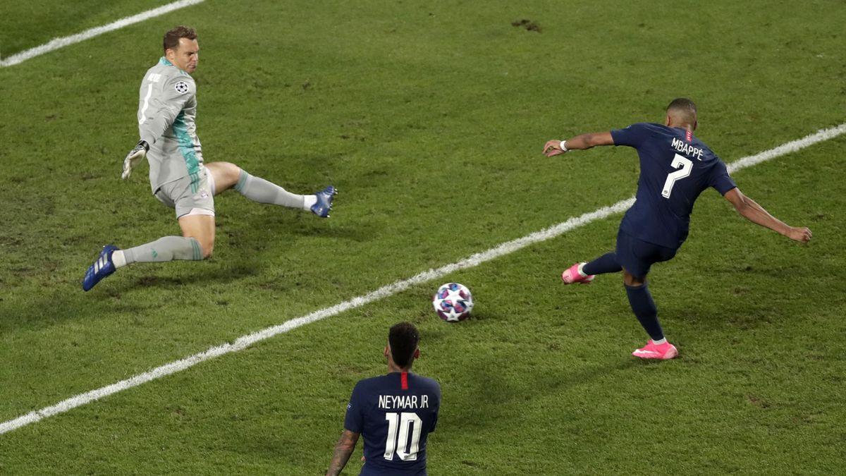 Manuel Neuer face à Kylian Mbappé