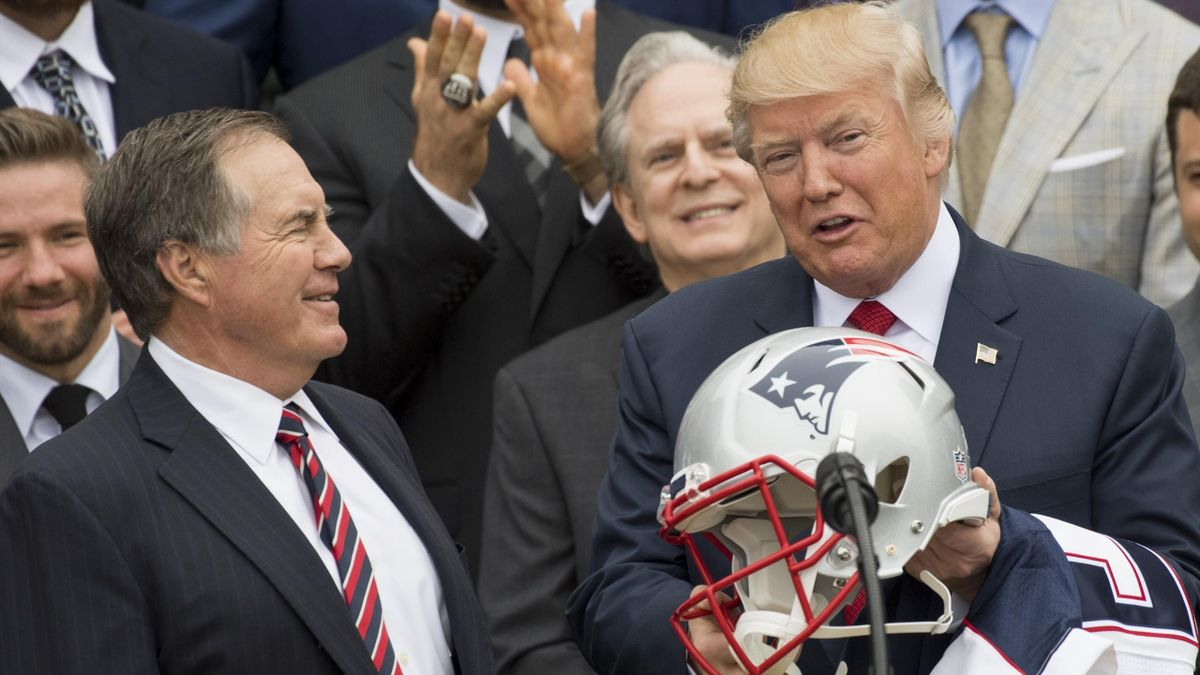Bill Belichick et Donald Trump à la Maison Blanche en 2017