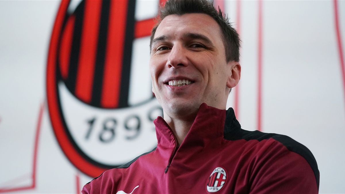 Mario Mandžukić, nuovo acquisto del Milan (foto sito Milan)
