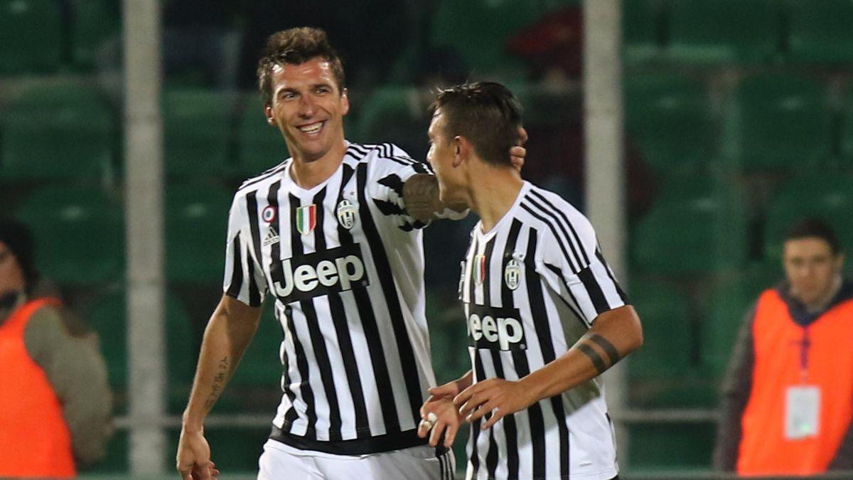 Mario Mandzukic e Paulo Dybala in Palermo-Juventus
