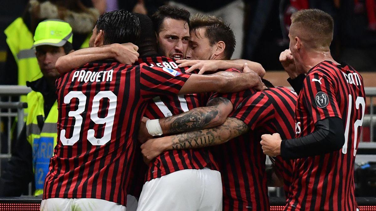 Çalhanoglu - Milan-Lecce - Serie A 2019/2020 - Getty Images