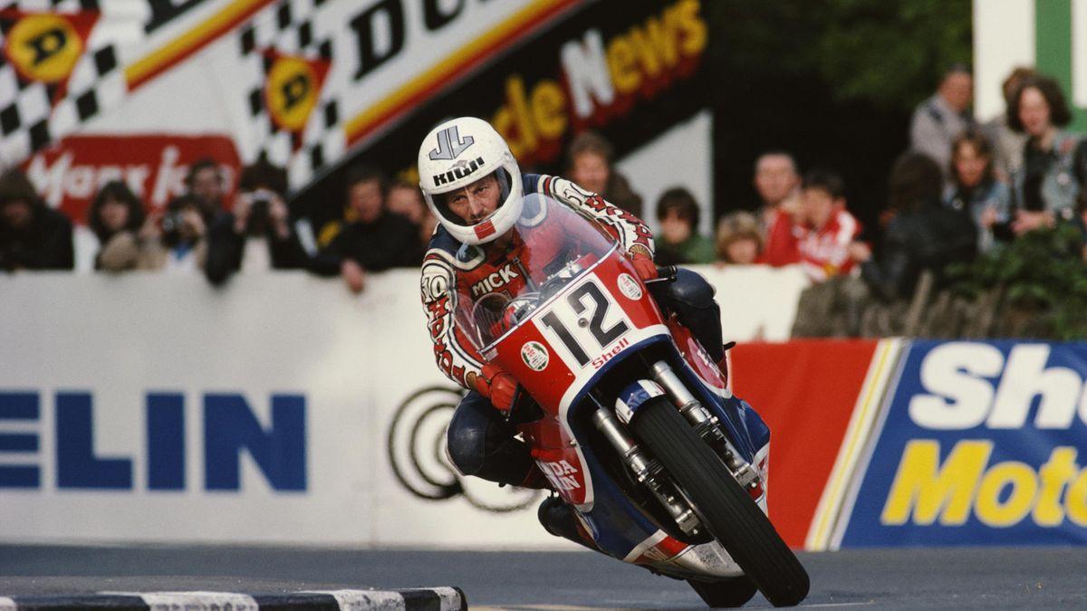 Mick Grant of Great Britain rides the #12 Honda CB1100Rduring the Isle of Man Senior TT