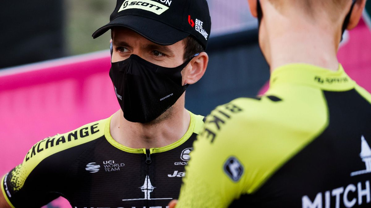 Team Mitchelton rider Great Britain's Simon Yates attends on October 1, 2020 the opening ceremony of presentation of participating teams and riders, at the Doric Temple of Segesta, near Palermo