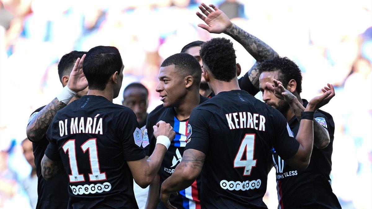Mbappé avec le PSG en amical, entouré de Di Maria, Neymar ou encore Kehrer