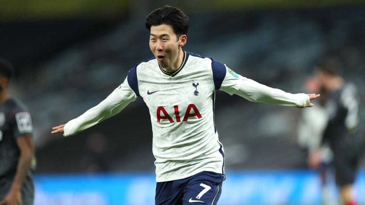 Heung Min-Son bejubelt seinen Treffer zum 2:0 gegen Brentford
