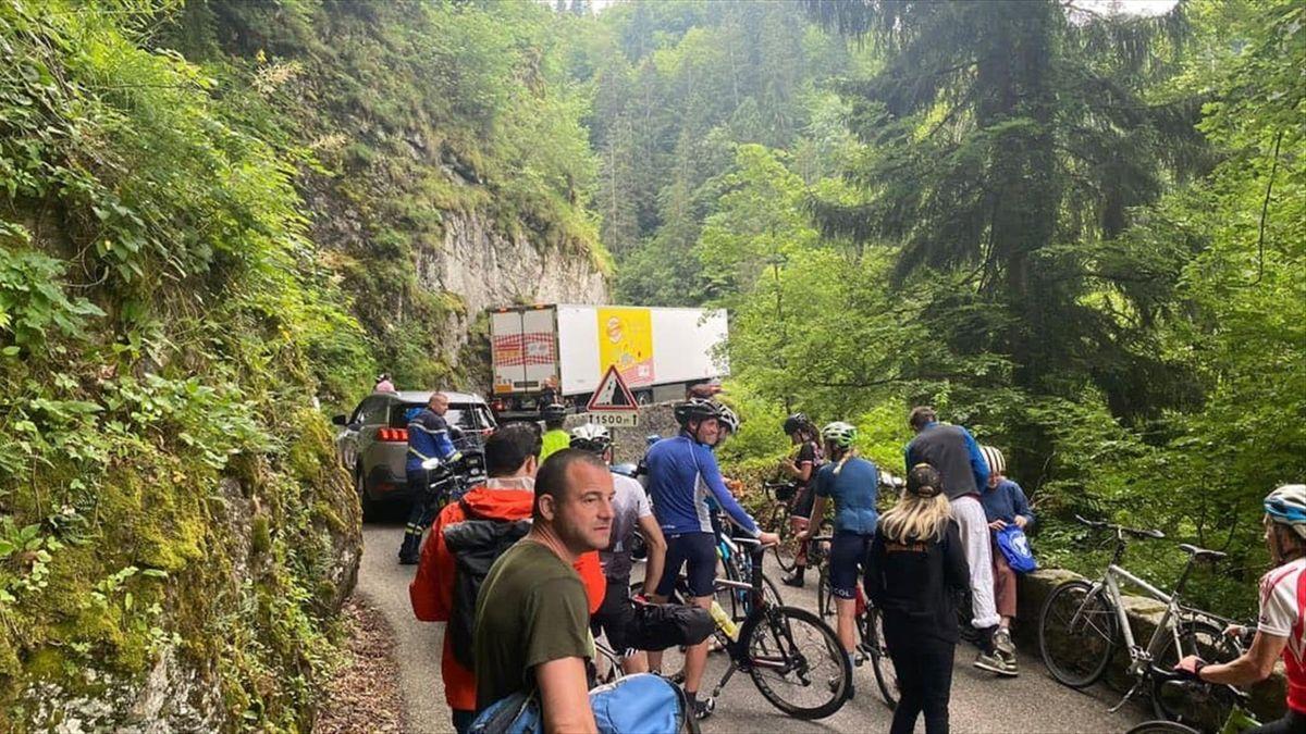 Грузовик на «Тур де Франс»