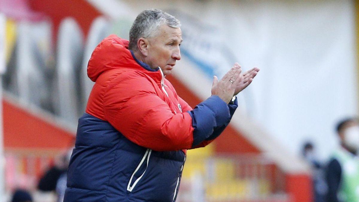 Dan Petrescu, antrenorul lui Kayserispor