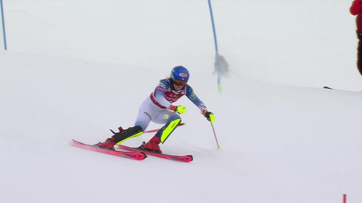 Tout en maîtrise, sans à-coups, Shiffrin a dominé le 1re manche du slalom