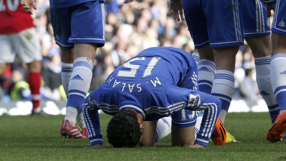 Mohamed Salah celebrates scoring his first Chelsea goal against Arsenal (Reuters)