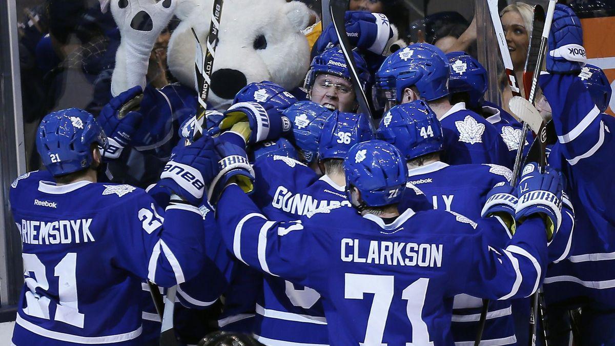 Toronto Maple Leafs celebrate (Reuters)