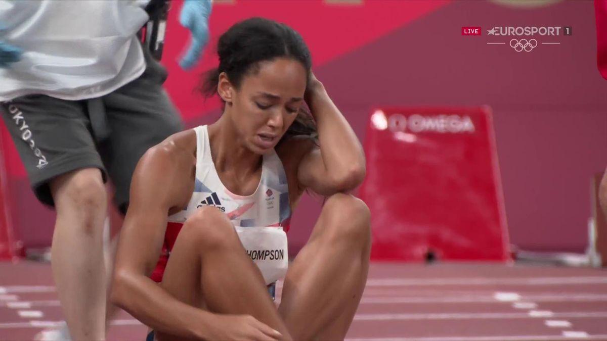 'Brave' KJT hobbles to finish line after devastating injury during 200m