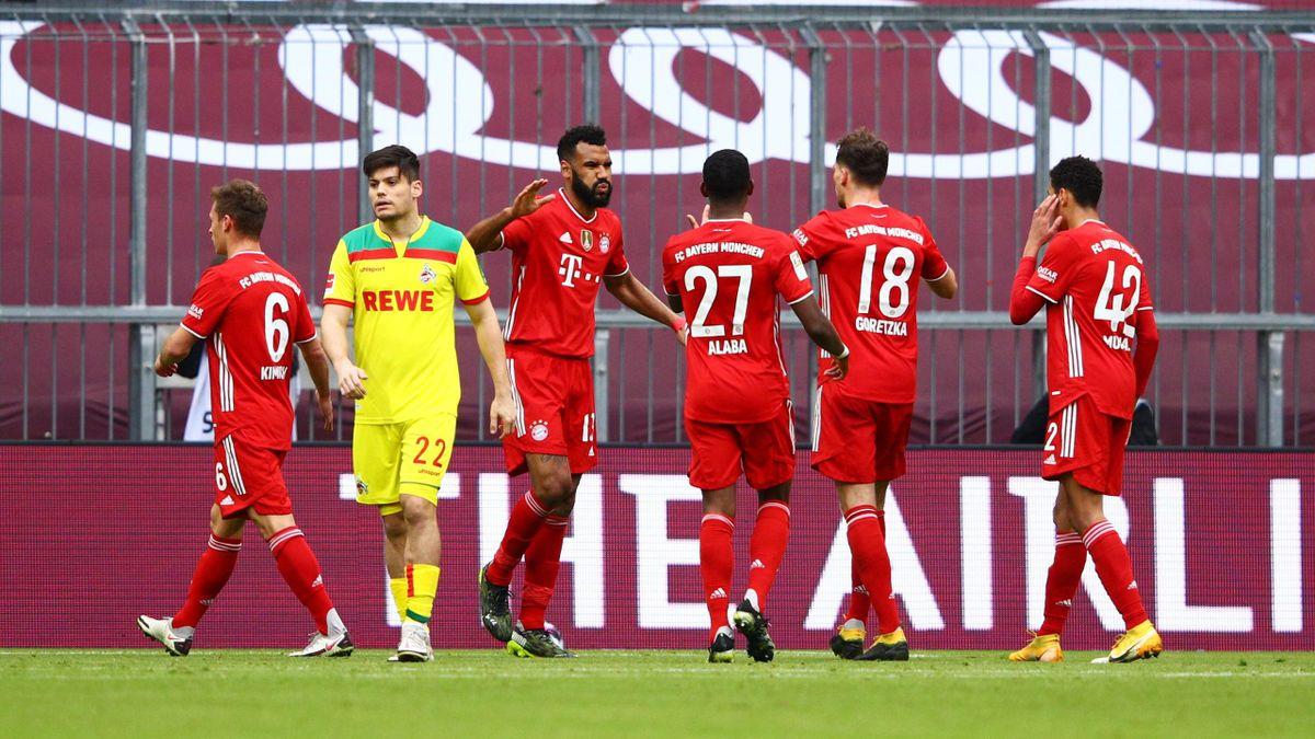 Choupo-Moting esulta dopo aver segnato in Bayern-Colonia