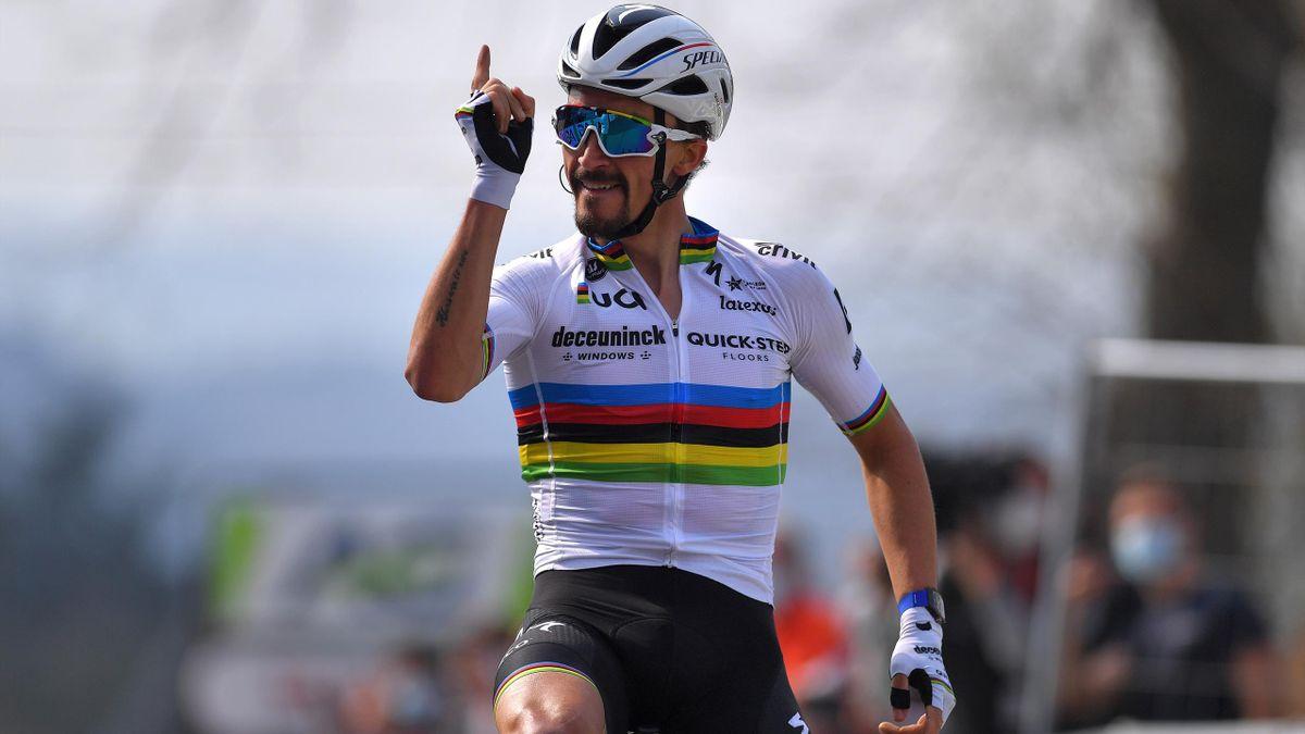 Julian Alaphilippe, vainqueur sur la Flèche Wallonne