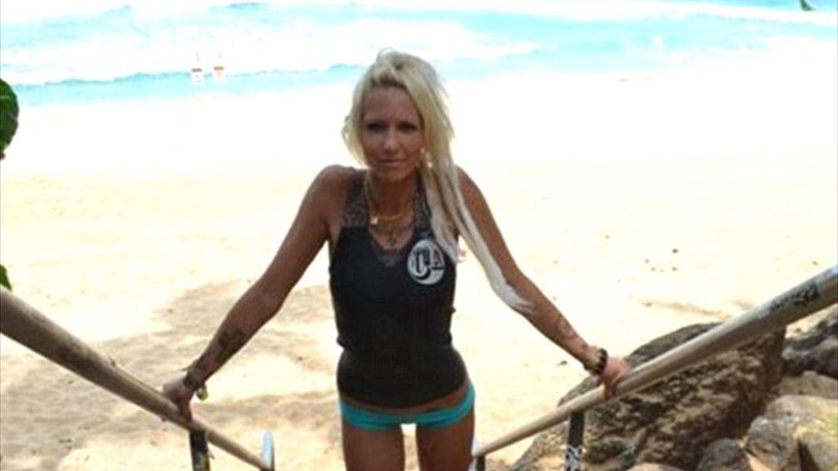 Professional surfer Jill Hansen (Facebook)