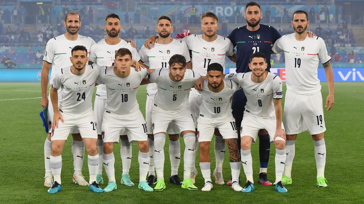 La formazione iniziale di Turchia-Italia scelta dal ct Roberto Mancini