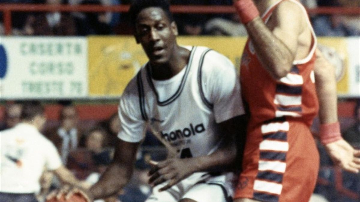 Charles Shackleford, Phonola Caserta 1990-91, Basket Serie A