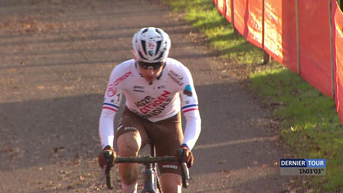 Cyclo-Cross Pontchateau Men - Clement Venturini wins