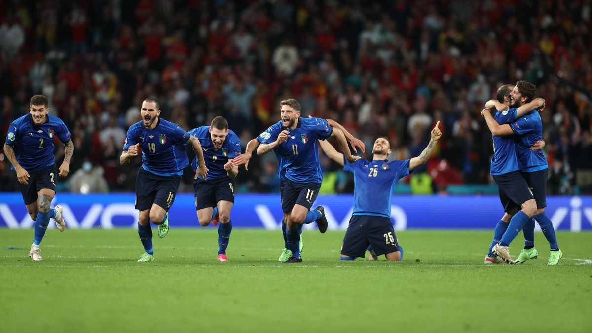 italia tanda penaltis
