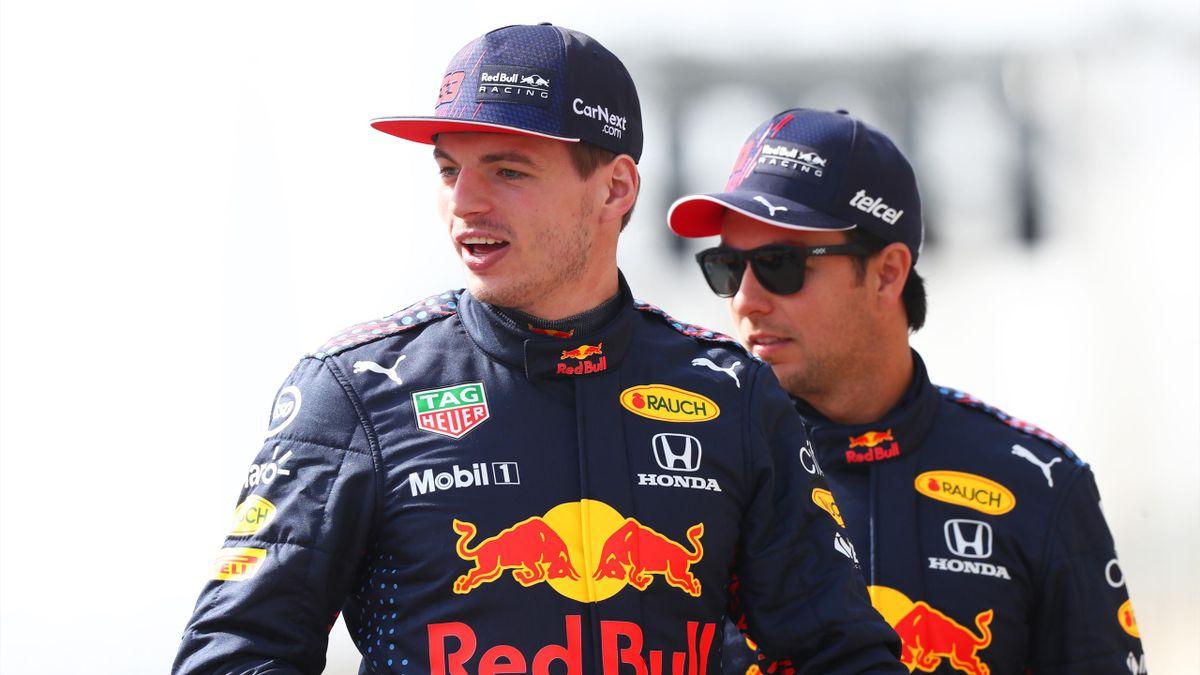 Red-Bull-Pilot Max Verstappen mit seinem Teamkollegen Sergio Pérez