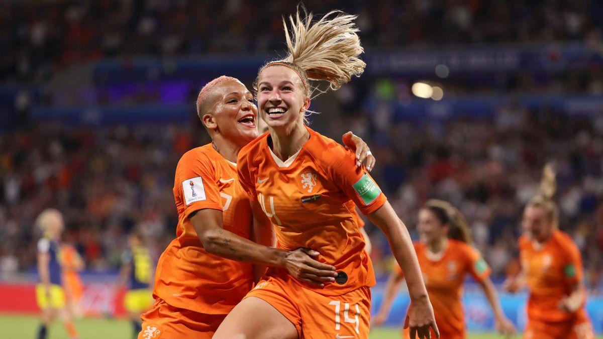 Jackie Groenen esulta dopo il gol - Olanda-Svezia Mondiali femminili Francia 2019